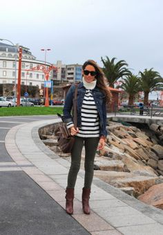 olive skinnies / stripes / denim jacket / brown boots / outfit