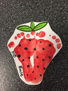 Adorable footprint strawberry #baby_crafts_footprint