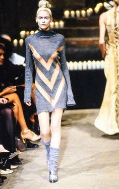 Alexander McQueen Fall 1996 Ready-to-Wear Fashion Show - Jaime King