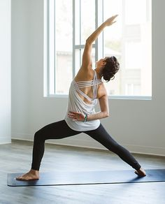 Criss cross yoga tank http://rstyle.me/n/uq7zenyg6