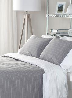 Shop Comforters, Duvet Covers & Duvet Cover Sets Online in Canada | Simons | Simons