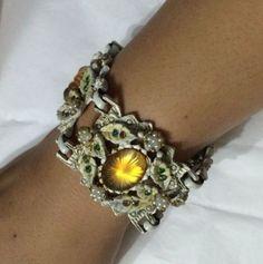 VTG-Statement-Czech-Rhinestone-Art-glass-enamel-Victorian-Revival-Bracelet-1-5