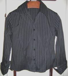 WOMENS PETITES BLACK   WHITE PINSTRIPE stripes career SHIRT blouse TOP  Medium PM  BeechersBrookPetites   7274d4f57