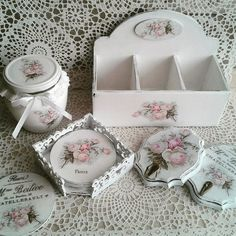 Photo Decoupage Box, Decoupage Vintage, Arts And Crafts, Paper Crafts, Shabby Chic Crafts, Victorian Dolls, Wooden Hearts, Jewel Box, Diy Crafts To Sell