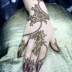No photo description available. Henna Tattoo Designs Simple, Floral Henna Designs, Arabic Henna Designs, Mehndi Designs Book, Stylish Mehndi Designs, Mehndi Design Pictures, Mehndi Designs For Beginners, Mehndi Designs For Girls, Latest Mehndi Designs