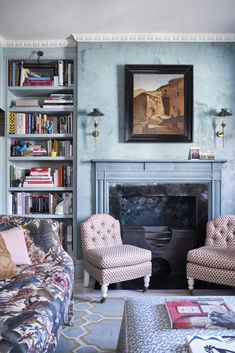 Tara Craig's tiny London flat is a lesson in making a small space sing - The 'Montgomery' chairs frame the fireplace, with a built-in bookcase on either side. Flat Interior, Interior Design, French Dining Chairs, Nook Table, English Country Decor, Georgian Homes, Built In Bookcase, Floor Design, Home Decor Accessories