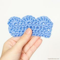 How To: Crochet A Scalloped Edging