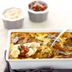Bobotie with fruit South African Recipes, Ethnic Recipes, Mince Recipes, Mince Meat, Macaroni And Cheese, Catering, Good Food, Food And Drink, Appetizers