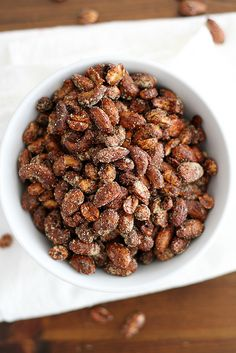 Moroccan Spiced Nuts from Girl Vs Dough Nut Recipes, Dog Food Recipes, Snack Recipes, Cooking Recipes, Cooking Time, Savory Snacks, Healthy Snacks, Healthy Recipes, Spiced Nuts