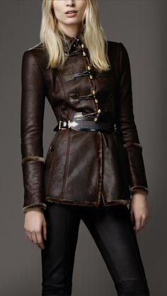 #Shearling Duffle Jacket | Burberry  Leather jacket  #2dayslook #fashion #nice #leatherjacket  www.2dayslook.nl