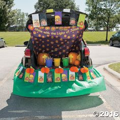 trunk or treat christian pumpkin dcor idea its quick and easy to crate this religious halloween look for your trunk or treat