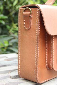 Vintage Handmade Genuine Natural Vegetable Tanned Leather Briefcase Satchel