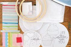HRCN121_Embroidery-Hoop-Art Craft Kits For Kids, Crafts For Kids, Craft Ideas, Diy Crafts, Embroidery Hoop Art, Diy Kits, New Product, Blogging, Rocks