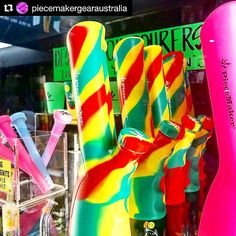 #Repost @piecemakergearaustralia  @smoke_dreams_au Get in and get you new Rasta Kolts from @piecemakergearaustralia @newy_nugs_cannaco @evanslogic with @piecemakergear  #konjurer  Brand New The Konjurer  PieceMaker  Silicone  Virtually indestructible  Easy to clean   Where can you get it?   EvansLogic.Com  #CannabisCommunity #CannabisSociety #CannabisCulture #CannabisMovement #Cannabis420 #CannabisCures #420 #NewProduct #BrandNew #PieceMaker #HighSociety #HighLife #Peritopia #EvansLogic…