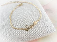This listing is for gold love bracelet  ★love pendant size: 18 x 7 mm  ★metal : plated gold  ★length: 6.5 ~ 8 inch   the total length is 8 inch inc...