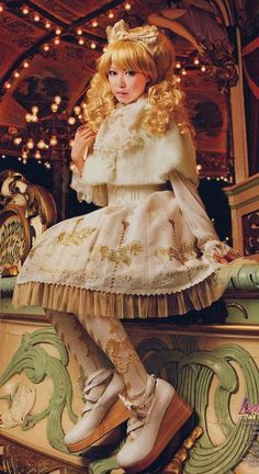 style of dress japan doll