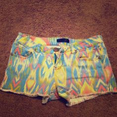 Multicolored shorts  Great condition! Ask for questions about sizing. Feel free to make offers! ~brand is fire Los Angeles~ Brandy Melville Shorts