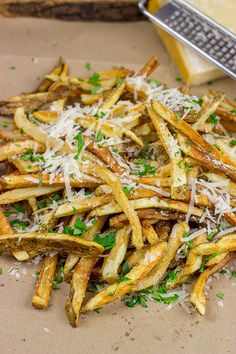 Why yes, I would like fries with that! These {Parmesan Truffle Fries} are tossed with truffle oil and topped with freshly grated Parmesan cheese.and they're delicious! Garlic Parmesan Fries, Vegetarian Recipes, Cooking Recipes, Fries Recipe, Comfort Food, Potato Recipes, Side Dishes, The Best, Recipes
