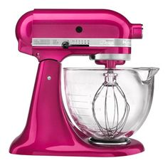 This KitchenAid Artisan Mixer features an elegant glass bowl which has a convenient pouring spout and easy-to-read, graduated measurement markings. With the new Artisan KitchenAid Mixer, the beater spirals within the bowl for thorough mixing Mélangeur Kitchenaid, Kitchenaid Artisan Stand Mixer, Artisan Mixer, Kitchenaid Architect, Small Appliances, Kitchen Appliances, Kitchen Cupboards, Home Technology, Blenders