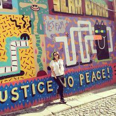 """""""No justice no peace!"""" - Discovering Porto during a lunch break  #clerigosin #opticalconceptstore #porto #portugal #visitingporto #visitporto #cordoaria #portowalls #wallpainting"""