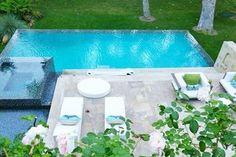 J. Lo's pool