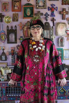 Grandmother Fashion Looks And Styles For All Seasons Mature Fashion, Fashion Over, Look Fashion, Moda Hippie, Moda Boho, Beautiful Old Woman, Beautiful People, Moda Tribal, Estilo Hippie