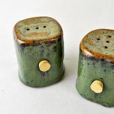 Green Moss handmade Salt & Pepper shakers by glazedOver Pottery 2 Hand Built Pottery, Slab Pottery, Ceramic Pottery, Pottery Art, Pottery Studio, Ceramic Tableware, Ceramic Clay, Porcelain Ceramic, Ceramic Bowls