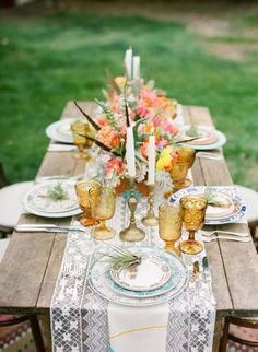 wedding centerpieces. wedding tablescapes. bohemian wedding.