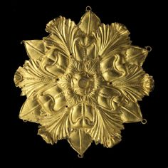 Hair decoration Afghanistan, Tillia tepe, tomb III 1st century. Gold Ø 7.5 cm Musée National d'Afghanistan