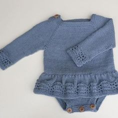 Knitted Baby Cardigan, Baby Pullover, Knitted Baby Clothes, Baby Boy Knitting Patterns Free, Knitting For Kids, Knit Patterns, Stitch Patterns, Baby Outfits, Baby Barn