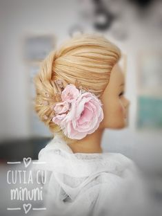Floare roz pal din voal/ Textile flower head piece/ Bridemade hair accesories Flower Headpiece, Flower Hair Accessories, Head Piece, Flowers In Hair, Blush Pink, Textiles, Fashion, Floral Headpiece, Flower Hairstyles