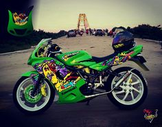 Cutting sticker kawasaki ninja rr . Theme larva zombie vector