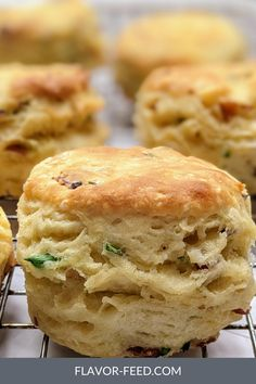 Homemade Biscuits Recipe, Homemade Breads, Biscuit Recipe, Brunch Recipes, Bread Recipes, Baking Recipes, Biscuits And Gravy, Buttermilk Biscuits, Soggy Bottom