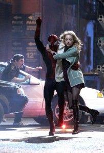 amazing-spider-man-2-garfield-stone-swinging-1-406x600