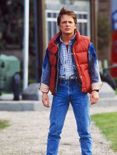 Marty Mcfly Outfit Ideas back to the future outfit marty mcfly hie cosplay Marty Mcfly Outfit. Here is Marty Mcfly Outfit Ideas for you. Marty Mcfly Outfit screen accurate denim jacket back to the future marty mcfly michael j. Marty Mcfly Vest, Marty Mcfly Costume, Easy Diy Costumes, Easy Halloween Costumes, Costume Ideas, Homemade Halloween, Halloween 2017, Hollywood Party, Outfits Zum Nachkaufen