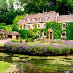 18 Charming British Villages You Must See Before You Die