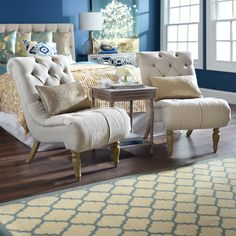 chairs for the end of your bed toddler tables and 15 best seating images master bedrooms bedroom decor 3 stylish ways to use furniture at foot