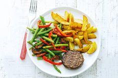 Een echte klassieker aan de keukentafel: aardappel, vlees en groente.- Recept - Allerhande