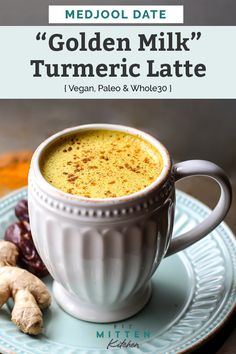 Medjool Date Golden Milk Turmeric Latte E A Fit Mitten Kitchen - This Medjool Date Golden Milk Turmeric Latte Will Be Your Favorite Cozy Coffee Caffeine Free Drink Vegan Paleo And Its Even Whole Friendly I Swear If I Consume Any More Yello Iftar, Whole 30 Drinks, Healthy Drinks, Healthy Recipes, Healthy Food, Healthy Weight, Turmeric Tea, Tumeric Latte Benefits, Tumeric Latte Recipe