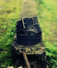 Ručná výroba. Dôraz na detaily. Kvalitné materiály. #nature #leather #green #black #belts #slovensko
