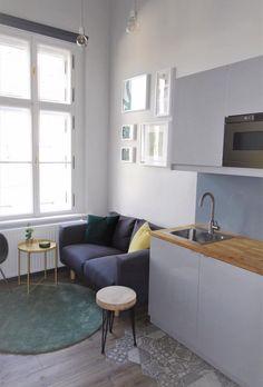 Kis terek, nagy lehetőségek: Hadnagy Timi munkája - Rokfort Home Tiny Spaces, Interior Design, Big, Check, Table, Furniture, Ideas, Home Decor, Nest Design