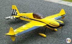 Die MXS ist sehr sauber gebaut, eingeflogen und bruchfrei. Mit dem verbauten Setup ist Leistung im absoluten Überfluss vorhanden.  Technische Daten: Spannweite: ca. 1620mm Länge: ca. 1490mm Abfluggewicht: ca. 2,3 bis 2,7Kg (abhängig vom verwendeten LiPo)  Motor: Dymond HQ5052 Regler: Dymond 80 A Smart Servos: Graupner DES 658 BB MG 7.0kg / 0.1sek. BEC: UBEC 5A HV Spinner: Aeronaut 63mm, Carbonoptik Luftschraube: APC-E 15x8 (über 5 kg Schub) Luftschraube: APC-E 16x8 (ohne Empfänger & ...