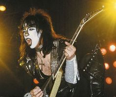Vinnie Vincent [Ace Frehley's Replacement] - 1982