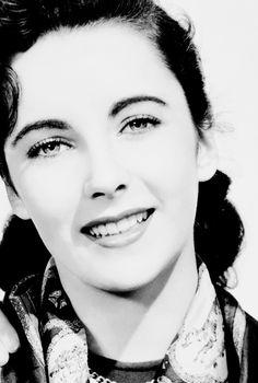 Elizabeth Taylor for Cynthia, 1947