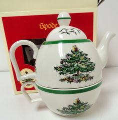 "SPODE ""CHRISTMAS TREE"" PATTERN WITH GREEN TRIM"