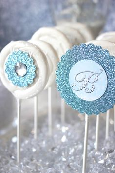 elsa cake pops | Trend Alert: Frozen Party {Sweets Table} // Hostess with the Mostess®