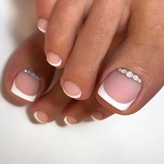 Toe Nails With Rhinestones ❤ 40+ Incredible Toe Nail Designs for Your Perfect Feet ❤ See more ideas on our blog!! #naildesignsjournal #nails #nailart #toes #toenaildesigns #toenails Wedding Toe Nails, Wedding Manicure, Wedding Nails Design, Bride Nails, Wedding Toes, Maroon Wedding, Bridal Toe Nails, Bridal Pedicure, Wedding Ceremony