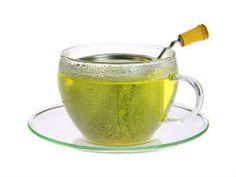 Té Matcha... beneficios del té matcha son 10 veces mayores a los del té verde, contiene 70 veces más antioxidantes que el zumo de una naranja y 9 veces más betacaroteno que las espinacas.