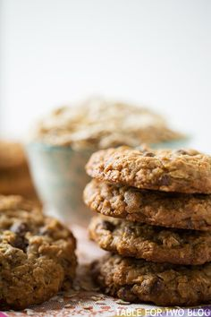 The chewiest and slightly crisp honey oatmeal chocolate chip cookies!