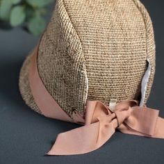 Diy Fashion, Ideias Fashion, Baby Pants Pattern, Civil War Dress, Hat Patterns To Sew, Bonnet Hat, Sun Hats For Women, Russian Fashion, Cloche Hat
